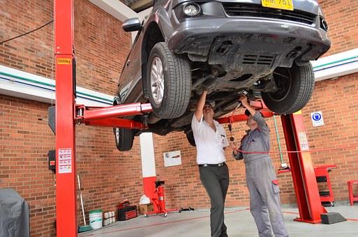 В помощ на всеки механик и автосервиз – качествен и мощен акумулаторен винтоверт